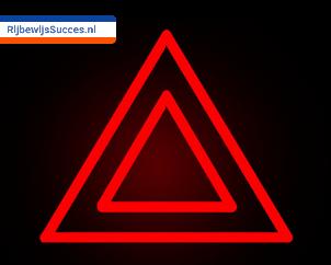 Gevarenlicht-theorie-rijbewijssucces